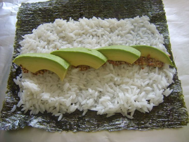 etape-2-sushi-vegetarien