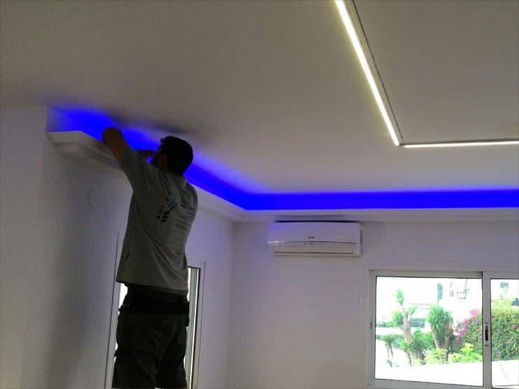 installation-ruban-led-maison